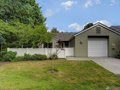 Issaquah Condo/Townhouse For Sale: 3619 224th Place SE