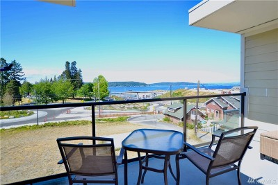 Tacoma Condo/Townhouse For Sale: 5321 N Pearl St #307