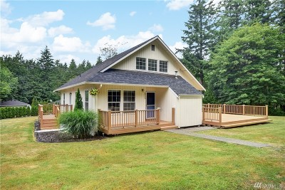 Stanwood Single Family Home For Sale: 8926 Lakewood Rd