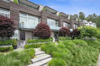 Renton Condo/Townhouse For Sale: 1750 Lake Washington Blvd N #D