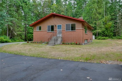 Silverdale Single Family Home Contingent: 4263 NW Gustafson Rd