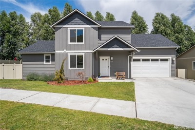 Wenatchee Single Family Home For Sale: 660 Craig Ave