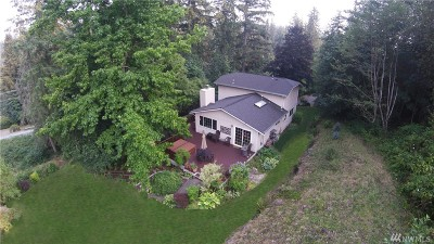 Maple Valley Single Family Home For Sale: 16615 Cedar Grove Rd SE