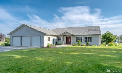 Moses Lake Single Family Home For Sale: 8252 Scott Rd NE