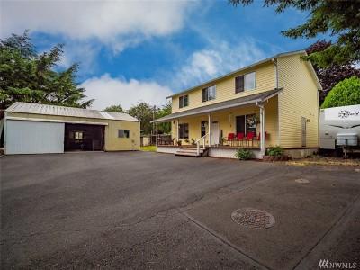 Single Family Home For Sale: 1406 E Beacon Ave