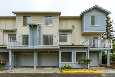 Oak Harbor Condo/Townhouse Pending Inspection: 30875 State Route 20 #I-3