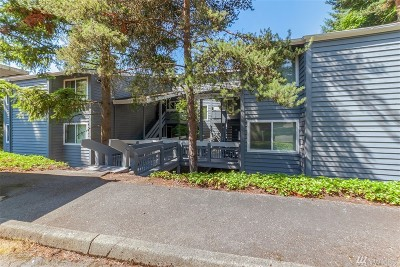 Redmond Condo/Townhouse For Sale: 9470 Redmond Woodinville Rd NE #C118
