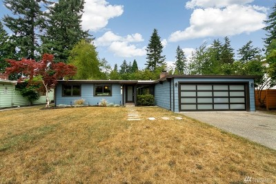 Lynnwood Single Family Home For Sale: 5819 178th Place SW
