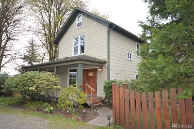 Tumwater Single Family Home For Sale: 221 Bates St SW