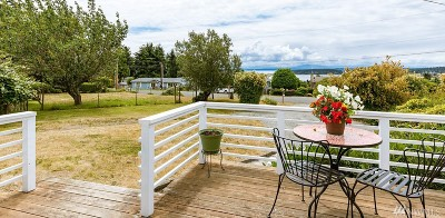 Coupeville WA Single Family Home For Sale: $259,000