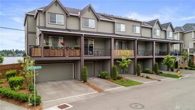 Everett Condo/Townhouse For Sale: 11228 19th Dr SE