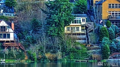 Maple Valley Single Family Home For Sale: 23050 SE Lake Wilderness Dr