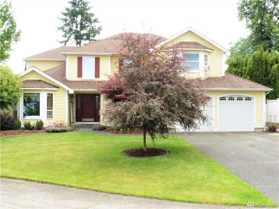 Enumclaw Single Family Home For Sale: 3025 Carbon Ridge St