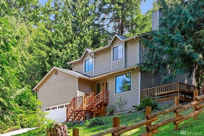 Sammamish Single Family Home For Sale: 452 210th Ave NE