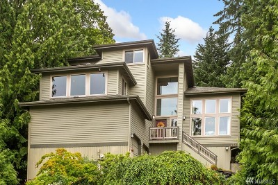 Sammamish Single Family Home For Sale: 432 209th Ave NE