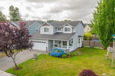 Bonney Lake Single Family Home Contingent: 18401 106th St E