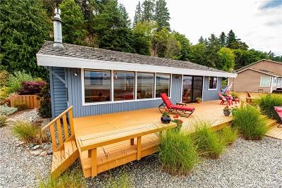 Langley Single Family Home Pending: 3791 Bells Lane