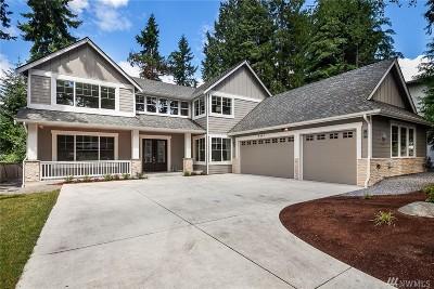 Mercer Island Single Family Home For Sale: 8414 SE 37th St