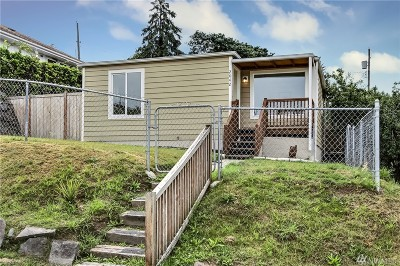 Pierce County Single Family Home For Sale: 2042 E 34th St