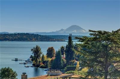 Seattle Single Family Home For Sale: 640 Hillside Dr E