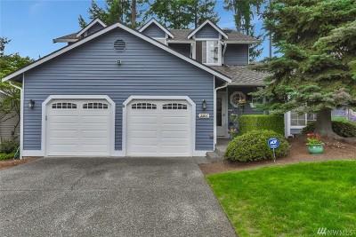 Renton Single Family Home For Sale: 2200 Ilwaco Ave NE