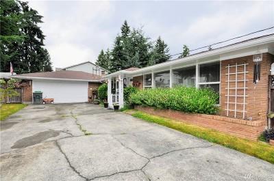 Everett Single Family Home For Sale: 6722 Highland Dr