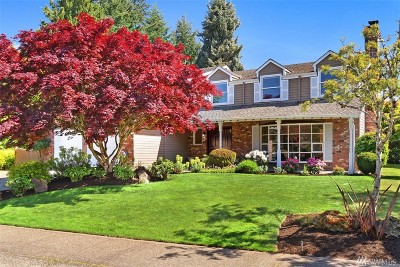 Issaquah Single Family Home For Sale: 19221 SE 44th Wy