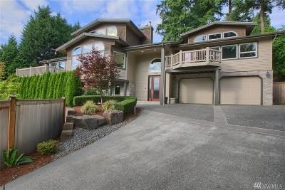 Kirkland Single Family Home For Sale: 402 Slater St SE