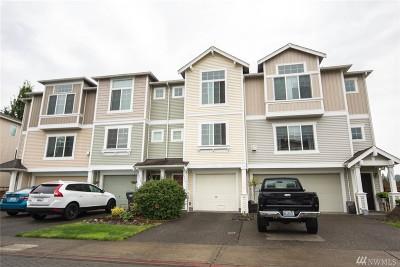 Fife Condo/Townhouse For Sale: 5316 35th St E