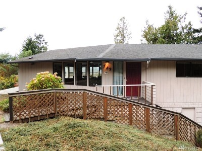 Skagit County Single Family Home For Sale: 749 Tillamuk Dr