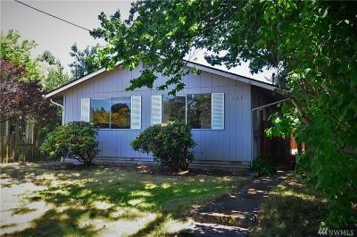 Bellingham Single Family Home Pending: 2412 Cherry St