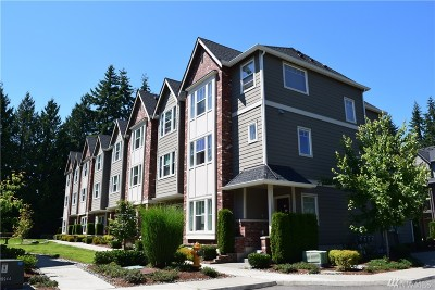 Everett WA Condo/Townhouse For Sale: $382,000