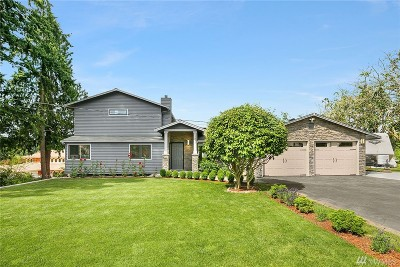 Lynnwood Single Family Home For Sale: 1631 S Lake Stickney Dr