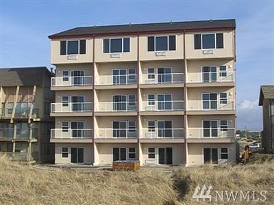 Grays Harbor County Condo/Townhouse Pending: 1335 Ocean Shores Blvd SW #S-22
