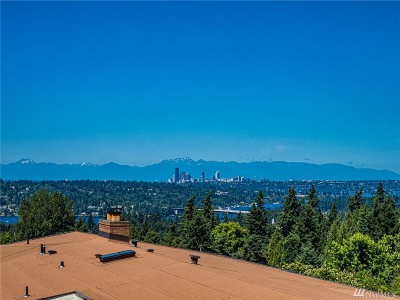 Bellevue Single Family Home For Sale: 13620 SE 43rd Place