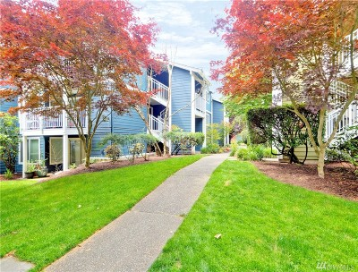 Seattle Condo/Townhouse For Sale: 300 N 130th St #9104