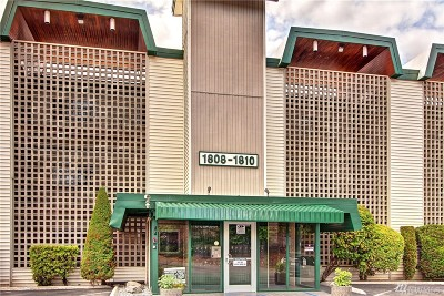 Burien Condo/Townhouse For Sale: 1808 S 118th St #101