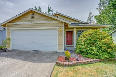 Whatcom County Single Family Home For Sale: 1324 Cranberry Ct