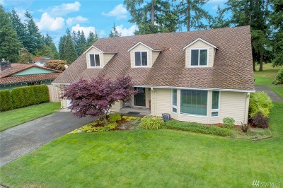 Renton Single Family Home For Sale: 16414 143rd Place SE