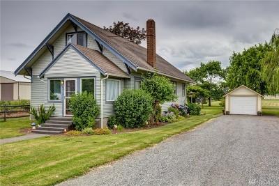 Bellingham Single Family Home For Sale: 822 W Larson Rd