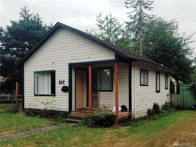 Centralia Single Family Home For Sale: 917 L St