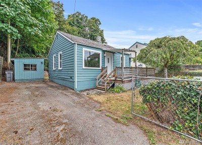 Bremerton Single Family Home For Sale: 807 Merrill Place W