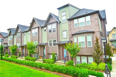 Issaquah Condo/Townhouse For Sale: 1341 Greenwich Walk NE #28.1