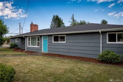 Ferndale Single Family Home For Sale: 2207 Ferndale Terr