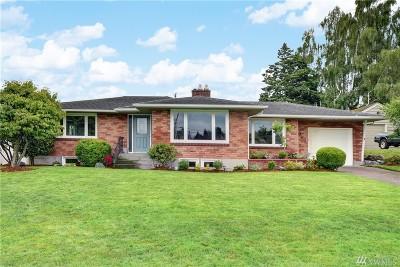 Everett Single Family Home For Sale: 5021 Rucker Ave