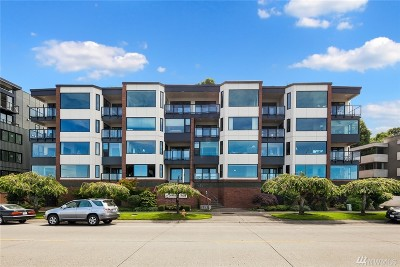 Seattle Condo/Townhouse For Sale: 1140 Alki Ave SW #204