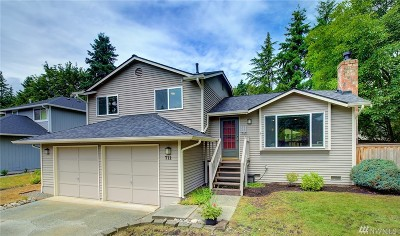Bothell Single Family Home For Sale: 711 198th Place SE
