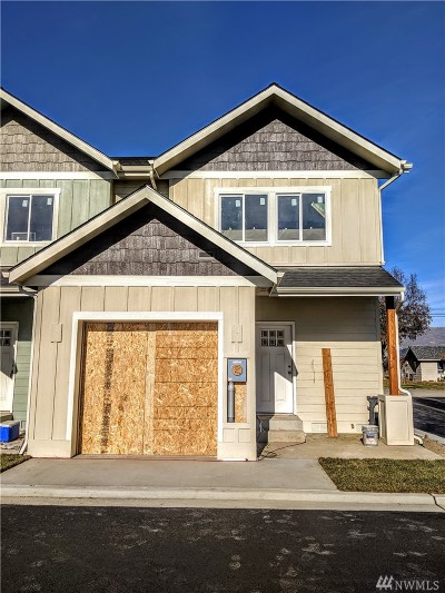 Wenatchee Single Family Home For Sale: 301 River Park Ave #14