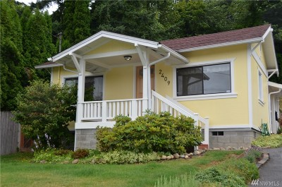 Lake Stevens Single Family Home For Sale: 2409 Callow Rd