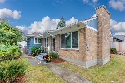 Tacoma Single Family Home For Sale: 4810 6th Ave